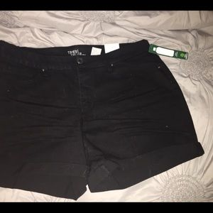 Black Cuffed Jean Short